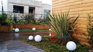 why don t all public buildings have green roofs or all