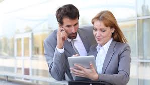 Business Tablet Business People Meeting Outside On Stockvideos Filmmaterial 100 Lizenzfrei 1457551 Shutterstock