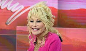 Dolly Parton reveals rare glimpse of husband Carl while dressed as a  Playboy bunny – sparks reaction