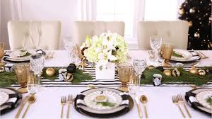 How To Style A Christmas Table Setting - Styled Settings