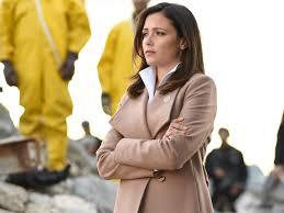 Emily Rhodes' Beige Wrap Coat on Designated Survivor (Photos)   Pradux