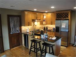how much does it cost to remodel a kitchen average cost of kitchen renovation