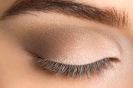 once you are done prepping your skin and laying the foundation for your makeup the next step in doing arabic makeup would be to do your eyes