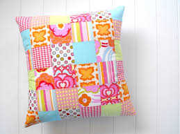 Make Your Own Fun Quilted Throw Pillows & Patchwork Quilted Pillow Adamdwight.com