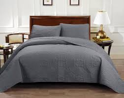 image of luxury oversized king comforter sets