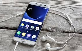 Best Bud Smartphone Vs Best Smartphone Which Is Really The Best