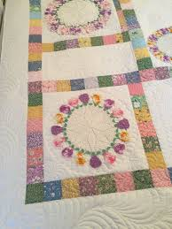 Portable Quilt Display Stand The Making of the Pansy Doily Quilt Rhonda Dort 54