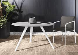 minotti outdoor furniture. The Evans Table Is Also Available As An Indoor Table. Top Has A Diameter Of 125cm And In Silver Beola Stone. Legs Are Die-cast Aluminium Minotti Outdoor Furniture