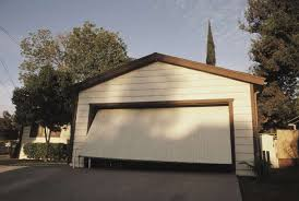 placer county homeowners ociation is mandating that its residents keep their garage doors open throughout the