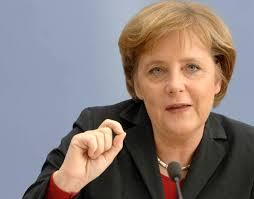 أنجيلا ميركل: على الألمان أن يقاتلوا معاداة السامية والعنصرية