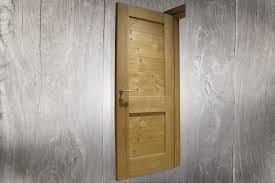 Porte In Legno Massello Grezze : Porta in abete massello termotrattato standard a pannelli