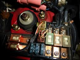 uh oh main fuse box in engine bay is melting pics generation uh oh main fuse box in engine bay is melting pics