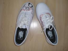 Diy shoes designs Man Diy Shoes Cute Doodle Vans Imagine Design Create Inspire Imagine Design Create Inspire Diy Shoes Cute Doodle Vans
