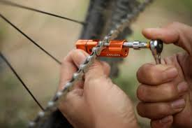 a chain tool and tire plug kit that stashes neatly into your mtb handlebar