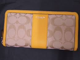 COACH-coach legacy signature large zip around wallet 50879 SVCP8 beige ×  Sunglow yellow