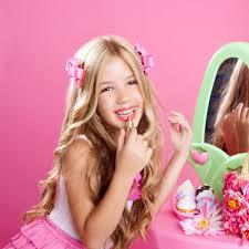 little girls wearing makeup. young girl applying makeup. little girls wearing makeup t