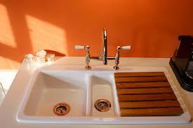 Küchenspüle OAKWOOD aus Keramik in weiss – TRADITIONAL BATHROOMS
