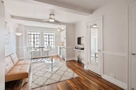 2 Bedroom Apartment In Manhattan Painting