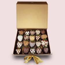 fruity gift chocolate covered fruit bo organic chocolate dipped fruits fruitygift co uk