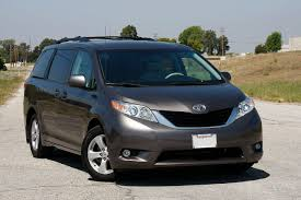 File:2012 Toyota Sienna.jpg - Wikimedia Commons