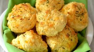 photo of cheddar bay biscuits by cookie
