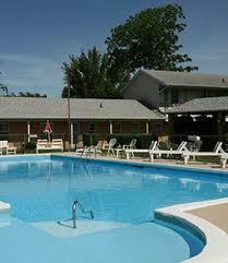 מלונות ליד geneva state park. Hotels Motels