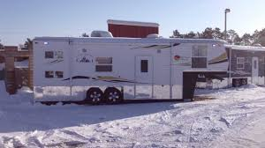 ice castle all seasons traveler 28 ft 5th wheel toy hauler