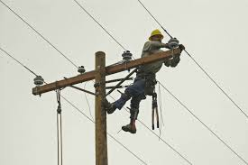 electrical power line installers and repairers power line installer safety training atlantic training blog