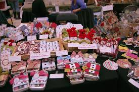 607 Best Craft Show Booth Inspiration Images On Pinterest Christmas Craft Show Booth Ideas