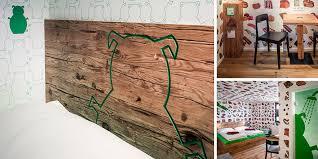 altholz design tirol im bratwursthotel