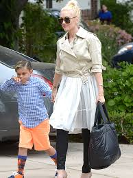 chanel diaper bag. the many bags of celebrity moms-15 chanel diaper bag