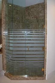 glass shower doors frosted glass modern decor geometric patterns expanding bands sans soucie