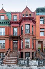 A New York City townhouse may be pricey to purchase, but benefits include a  unique level of privacy in our densely populated city and the potential for  ...
