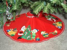 Christmas ~ Christmas Tree Skirt Free Xmas Pattern Sewing ... & Christmas Tree Skirt Free Xmas Pattern Sewing Patterncrochet Patterns  Quilted Crochet Adamdwight.com
