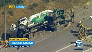 14 Freeway accident: 5 injured, including mother and child, in crash ...