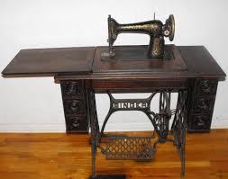 1910 Singer Sewing Machine