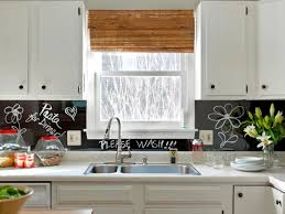 how to turn a kitchen backsplash into a message board