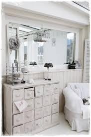 White Decor Living Room 1000 Images About Summer Whites Decor On Pinterest Shabby Chic