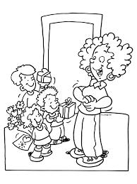 Kleurplaat Cadeautjes Voor Mama Moederdag Kleurplatennl