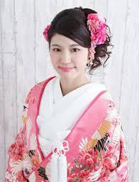 ブライダルから街歩きまでシーン別着物に合う髪型で和服美人を