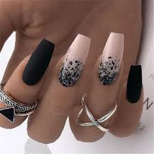 30 Nail Art For Indian Bride A Trendy Unapologetic Bridal Statement