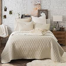 Quilts, Coverlets and Quilt Sets - Bed Bath & Beyond &  Adamdwight.com