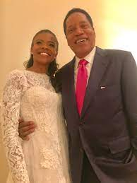 incandescent @RealCandaceO got married ...