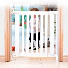 fred pressure fit wooden stairgate white 4