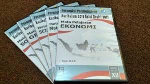 Berikut ini adalah perangkat pembelajaran untuk mata pelajaran biologi, fisika dan kimia. Cd Rpp Ekonomi Sma Kelas Xii Kurikulum 2013 Revisi 2017 Buku Sekolah Buku Sma Kelas 3 Buku Tokopedia Com Inkuiri Com