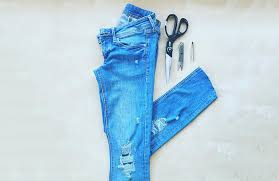 how to make a ripped jeans diy tutorial