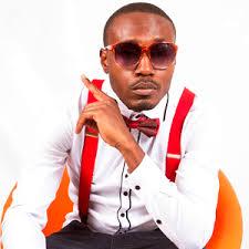 Singer - Roberto - TV & Radio Africa MusikaTV & Radio Africa Musika