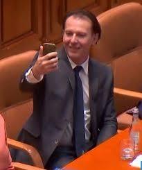 Selfie după selfie în Parlament. Ministrul Finanțelor dă startul - Stirile Kanal D