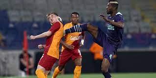 Galatasaray 1 - 2 PSV