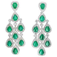 pear shaped emerald diamond gold chandelier dangle